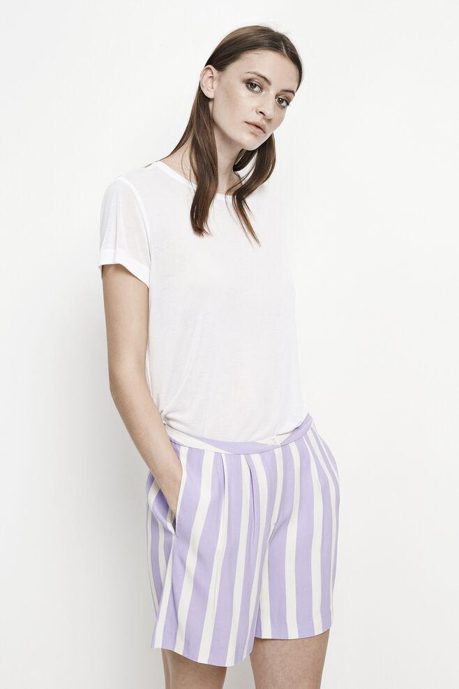 Livia shorts aop 7944, MARIN LAVANDE