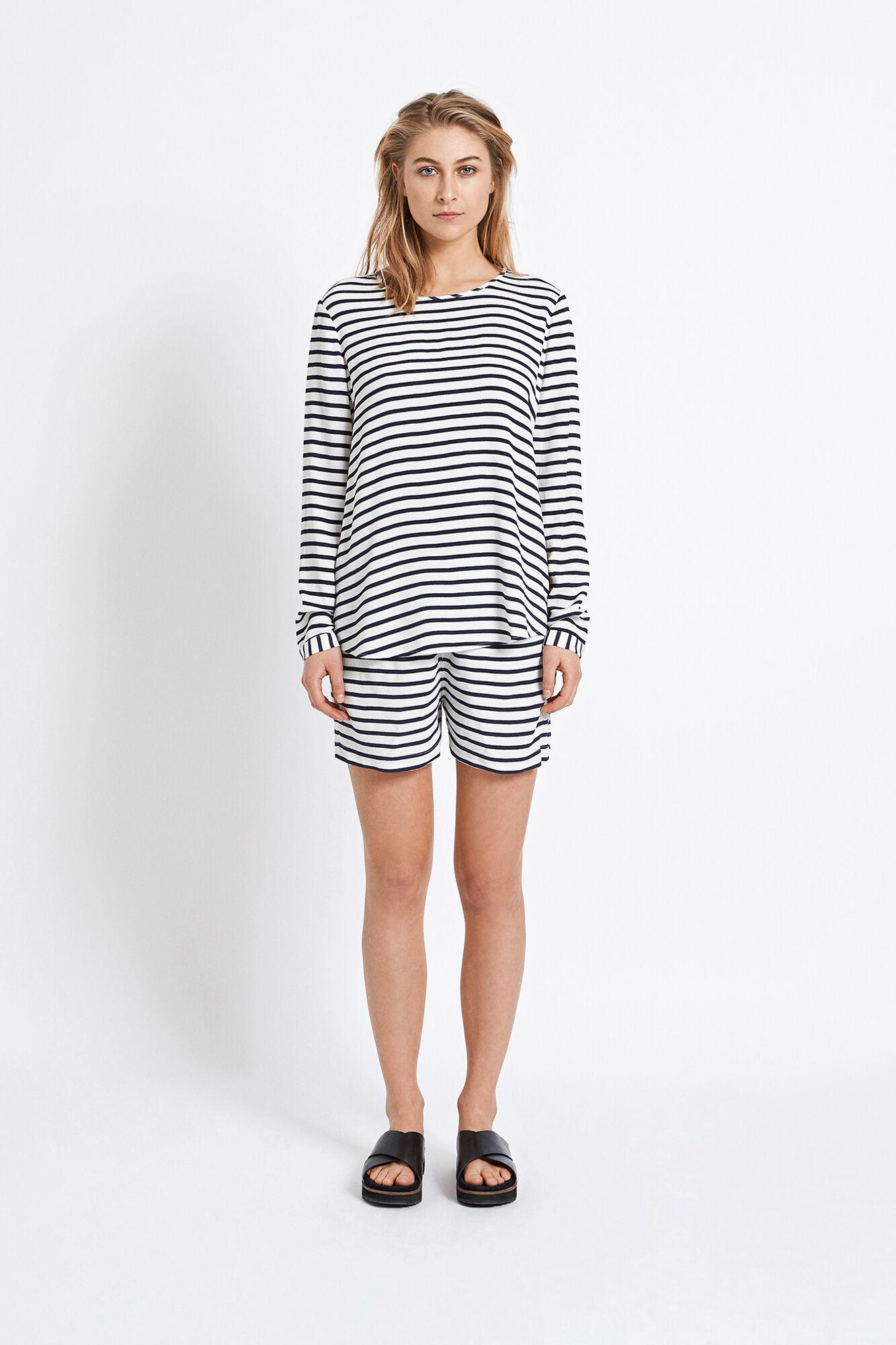 Theta blouse aop 5687, BLUECREAM SMALL