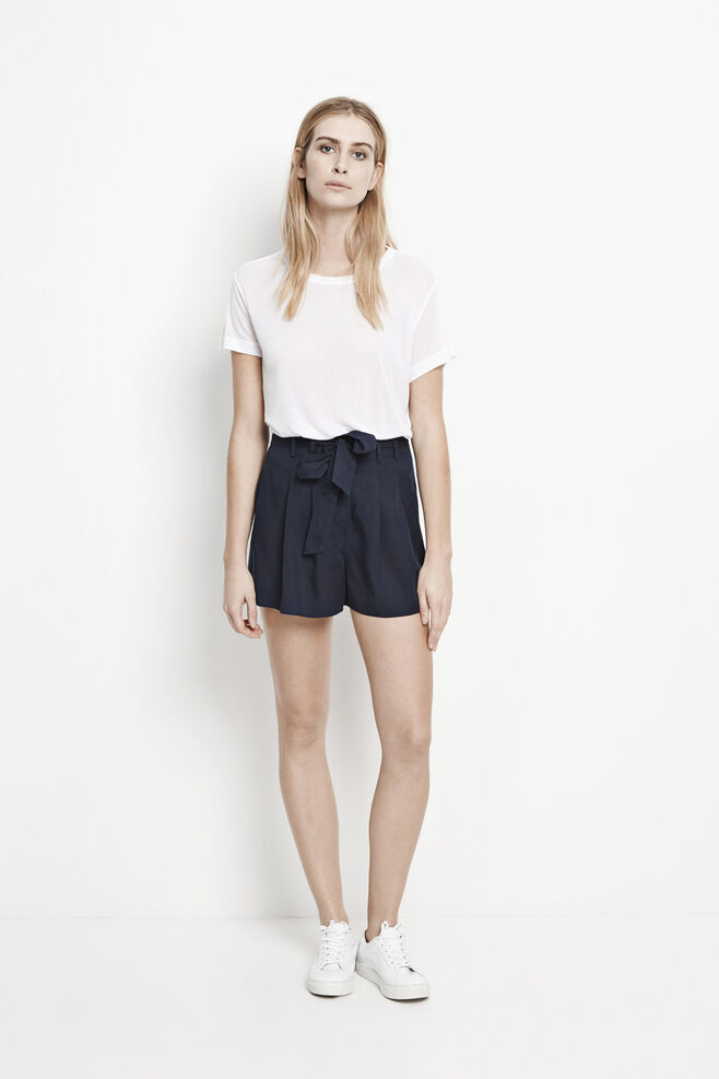 Audrey shorts 7946, DARK SAPPHIRE