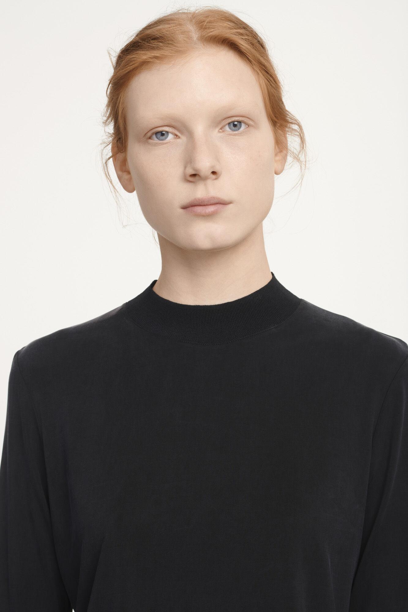 Dahlia t-neck 6202, BLACK