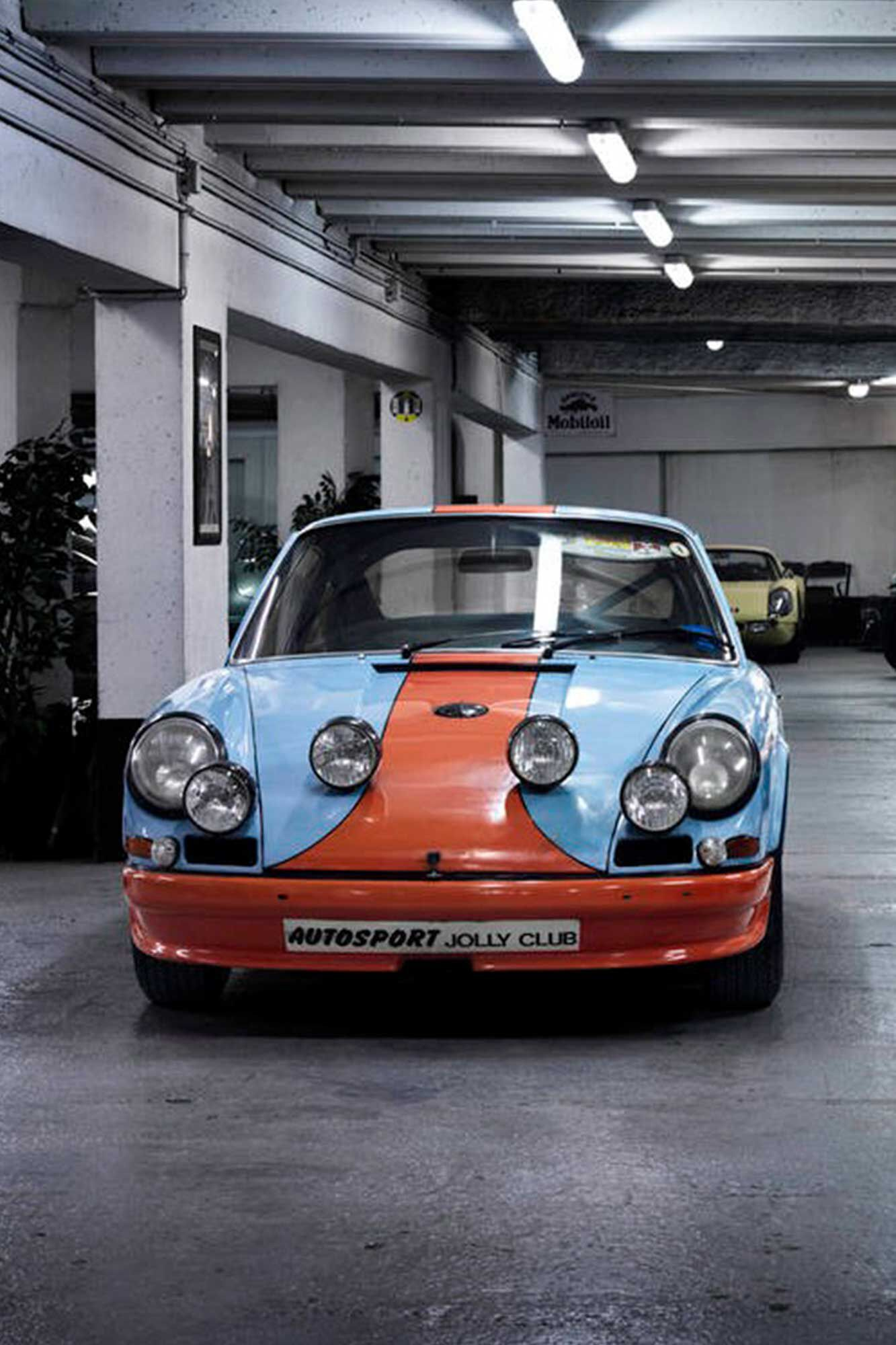 The Porsche 911 Book TE1066, MULTIPLE
