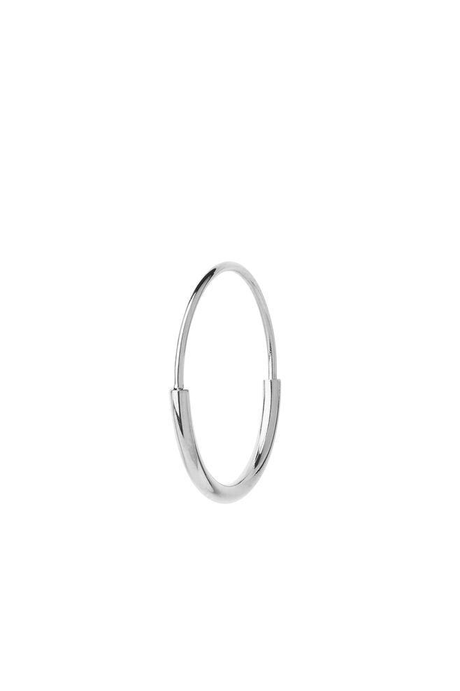 Delicate hoop 18 earring