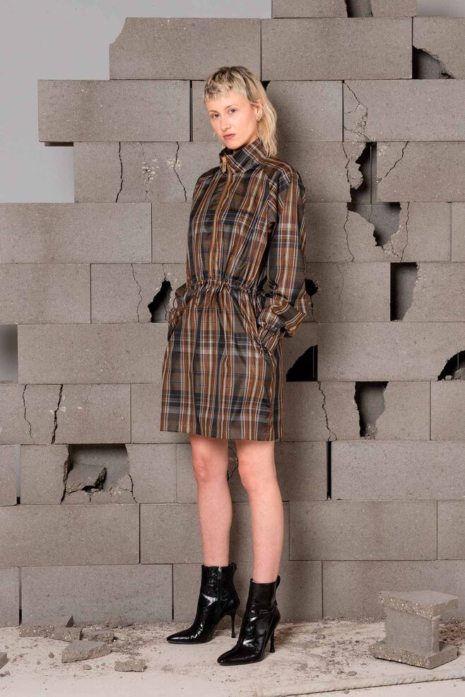 Track dress F-120008, BROWN CHECK