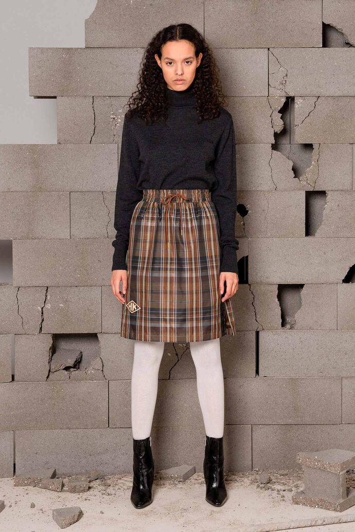 Knee skirt F-120047