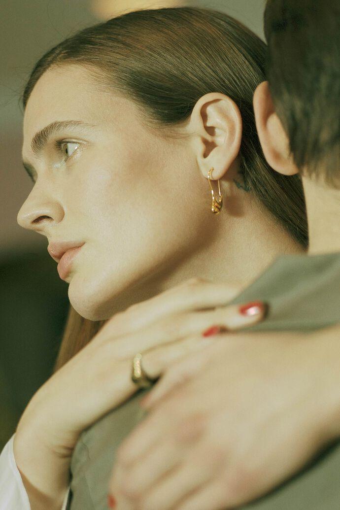 Pebble mini earring 100746YG, GOLD HP
