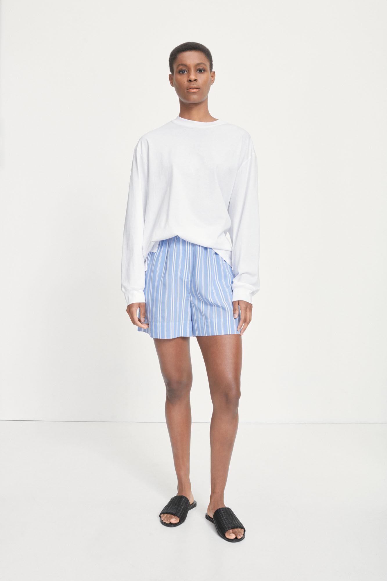 Laury shorts 14014