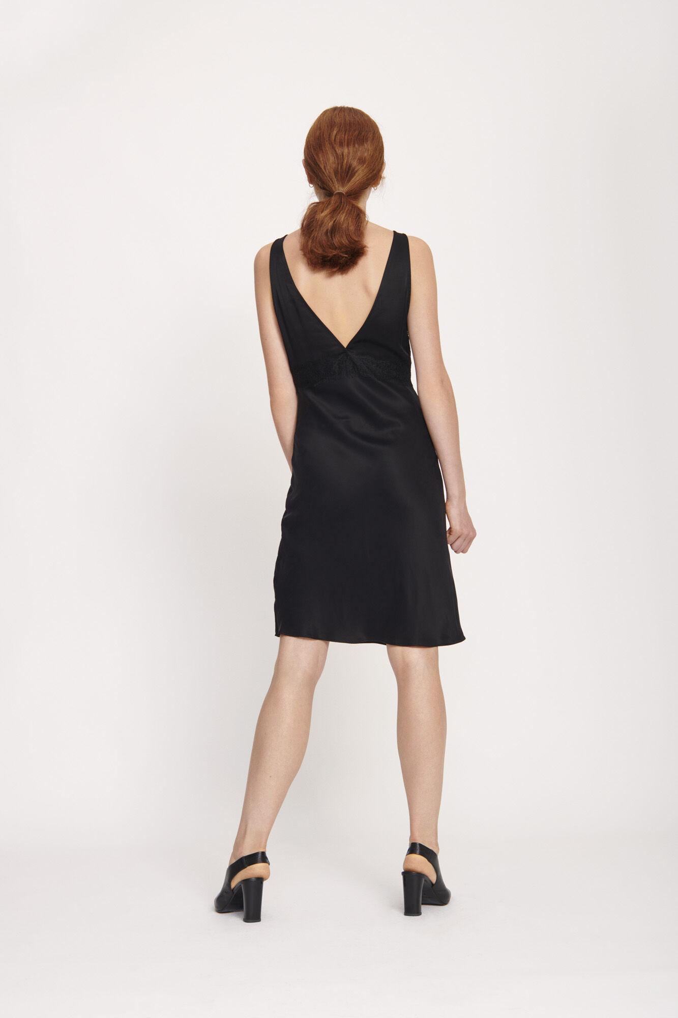 d5c3c5638a6d Cornelia s dress 10800