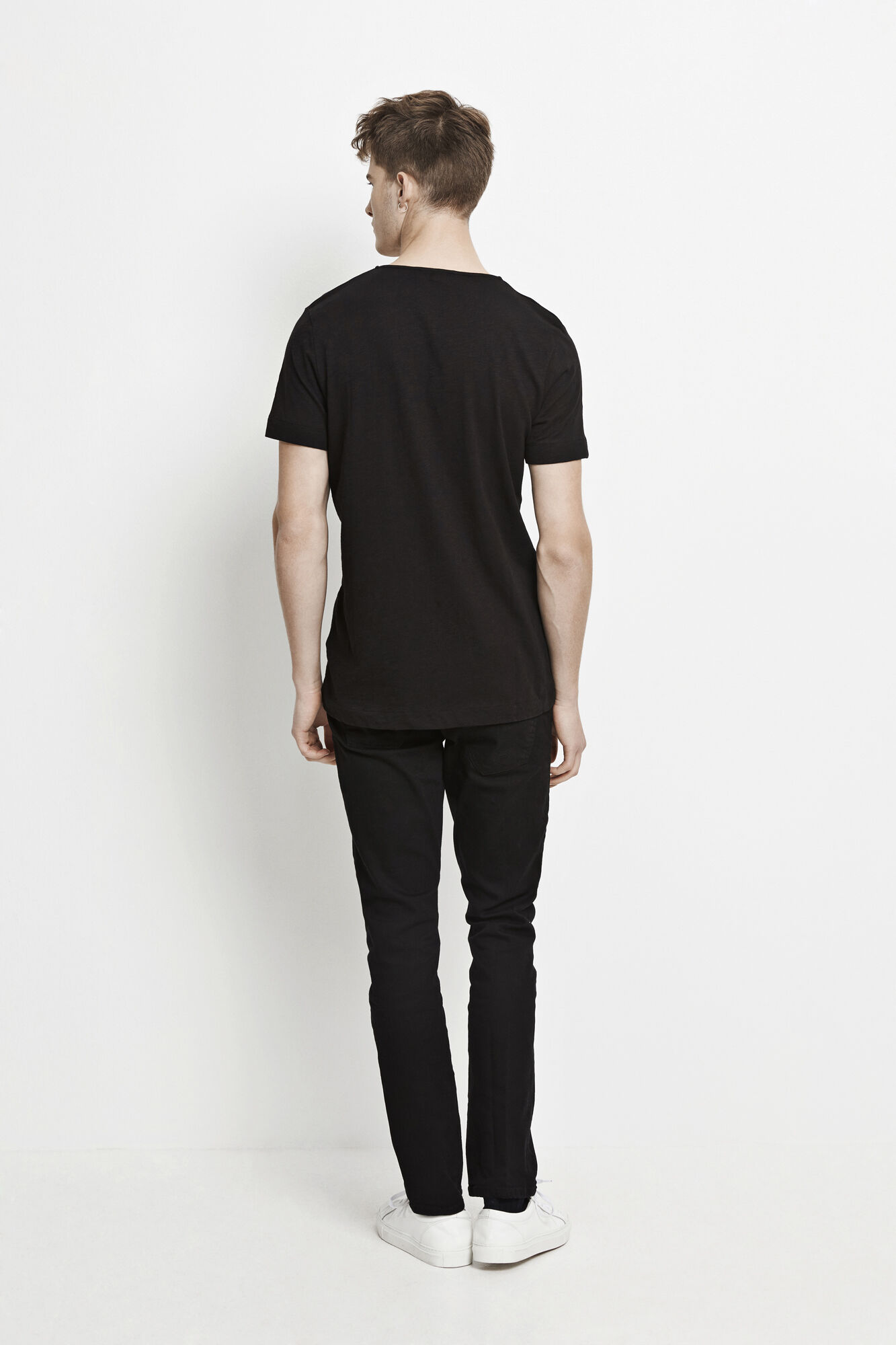 Huso o-n ss 5556, BLACK