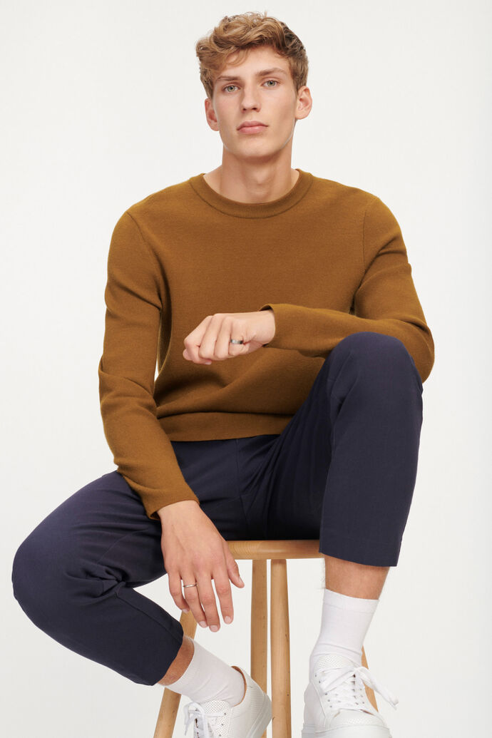 Gunan crew neck 10490, MONKS ROBE