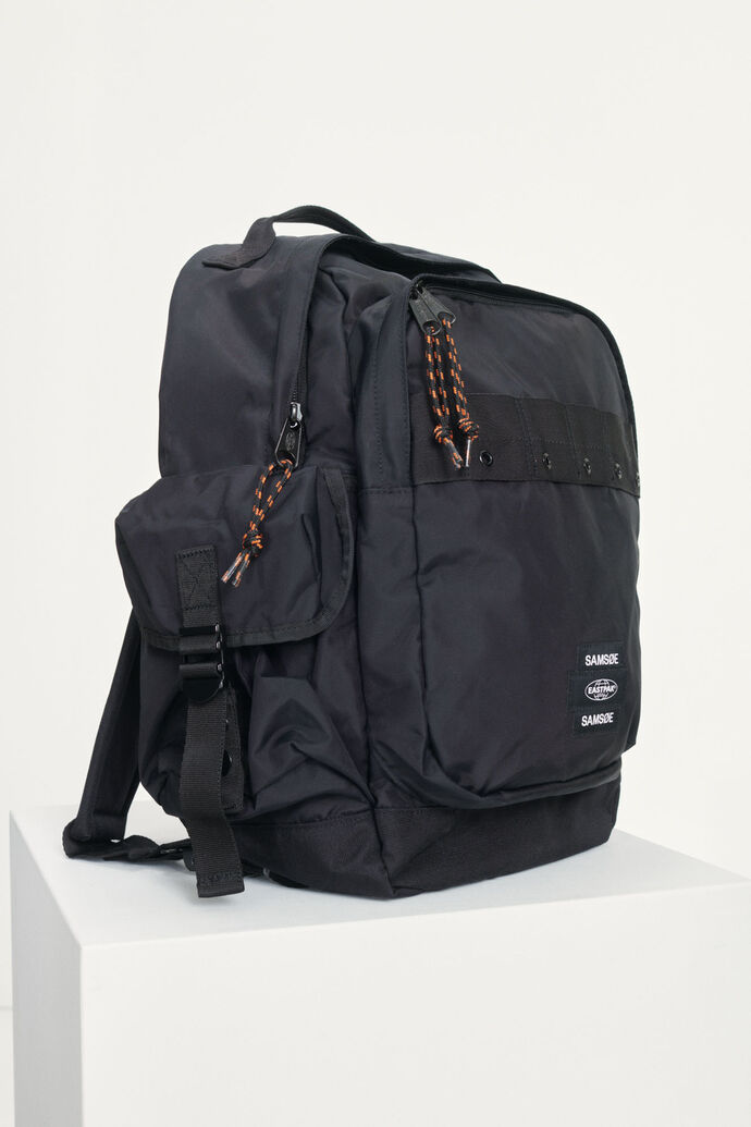 E Backpack 13052