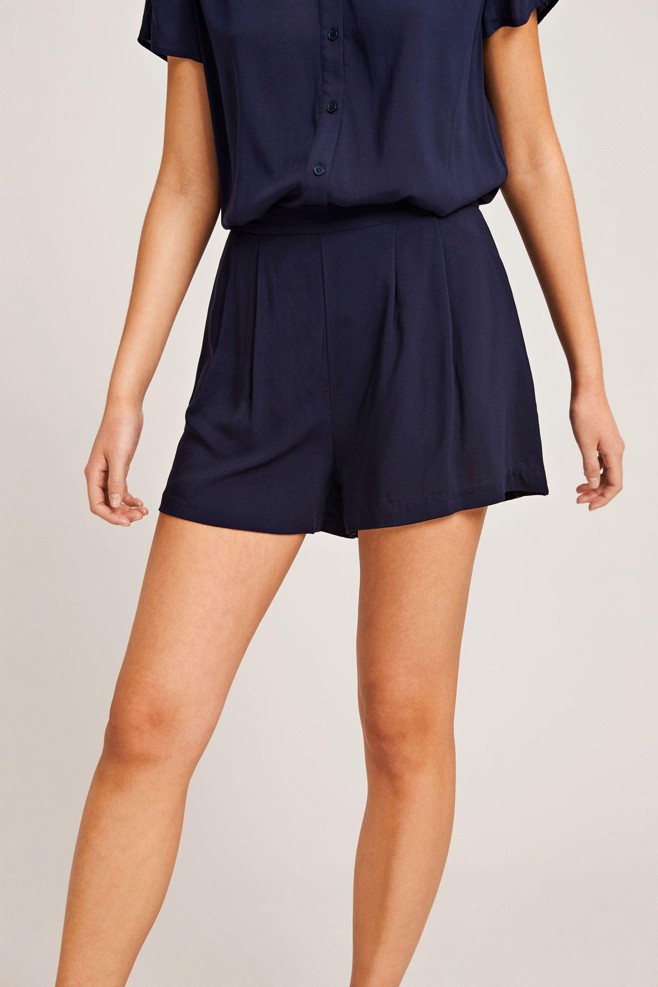 Ganda shorts 9943