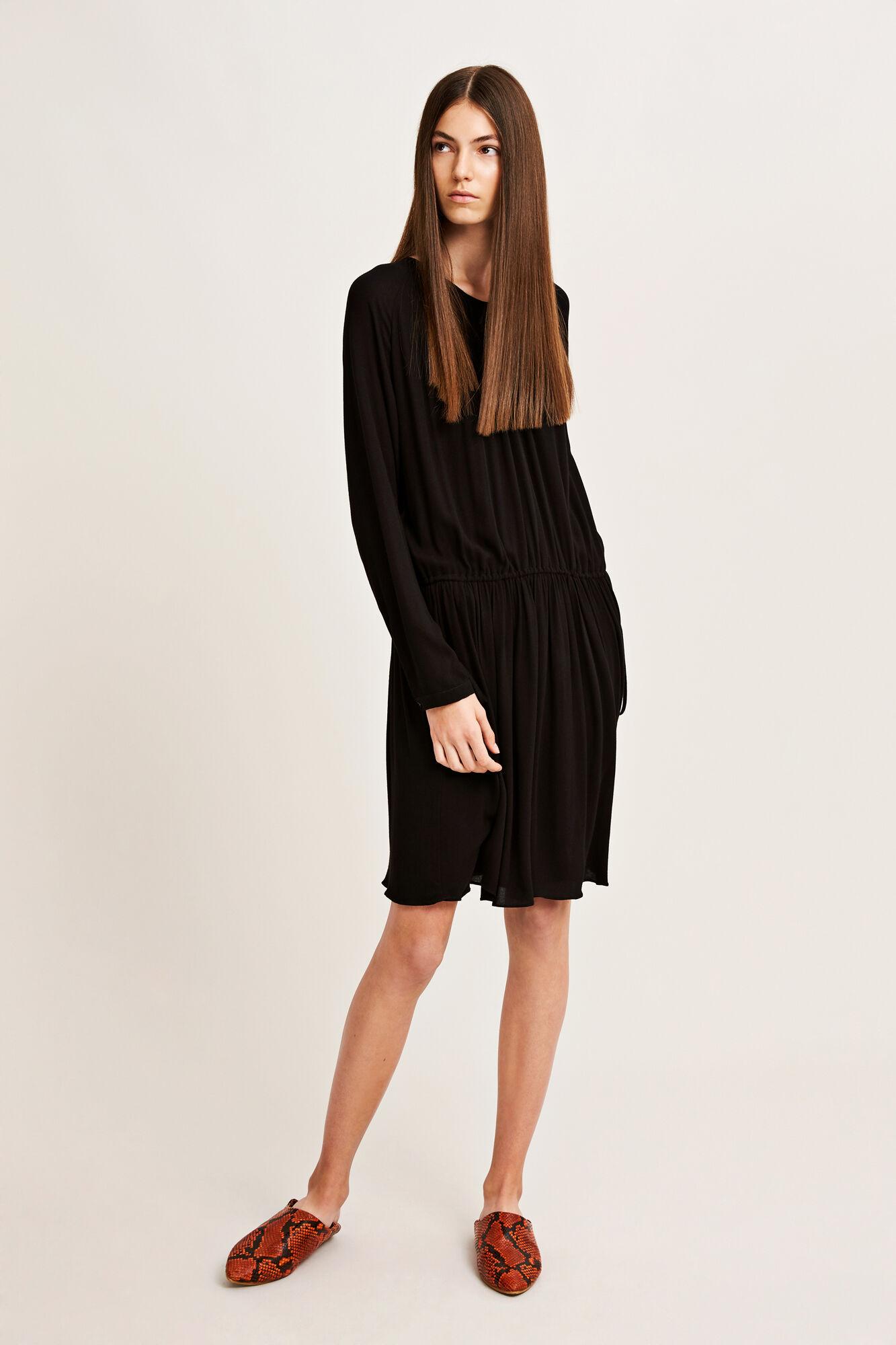 Maid ls dress 7201