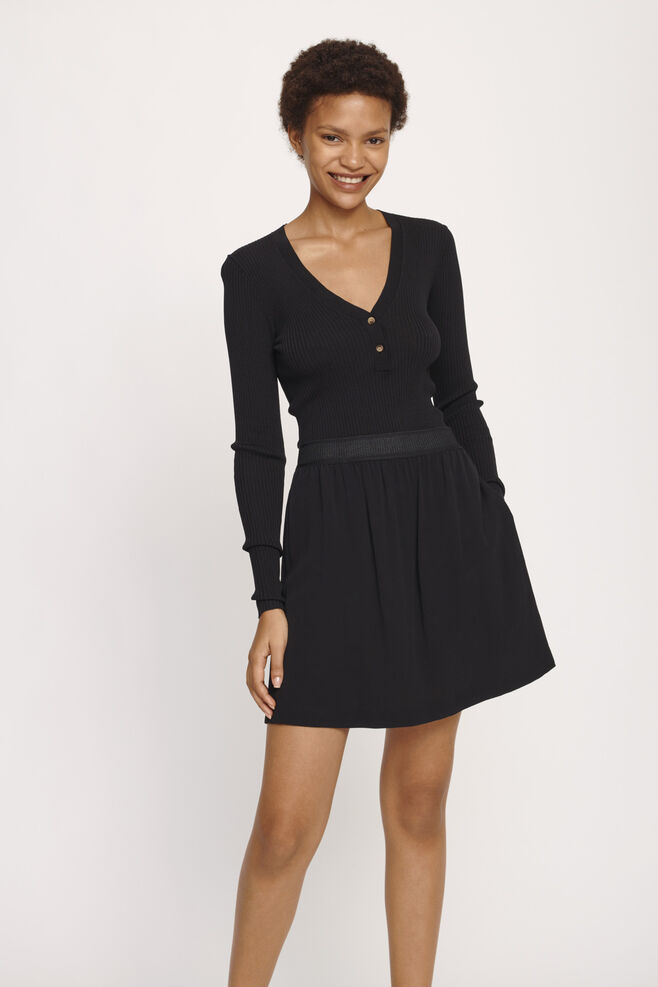 Nessie skirt 6515, BLACK