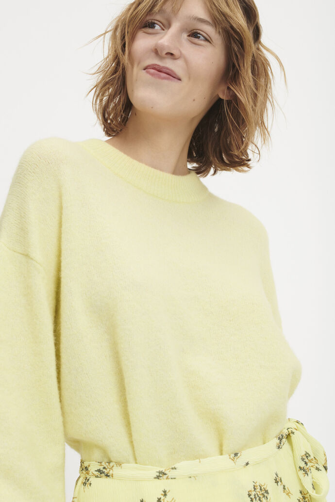 ff5faaafd107 Woven from an alpaca-merino blend yarn, this soft knit will add a pop of  colour to your autumn wardrobe.