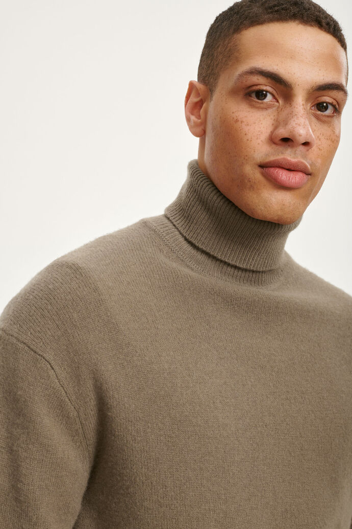 Viktor turtle neck 12758