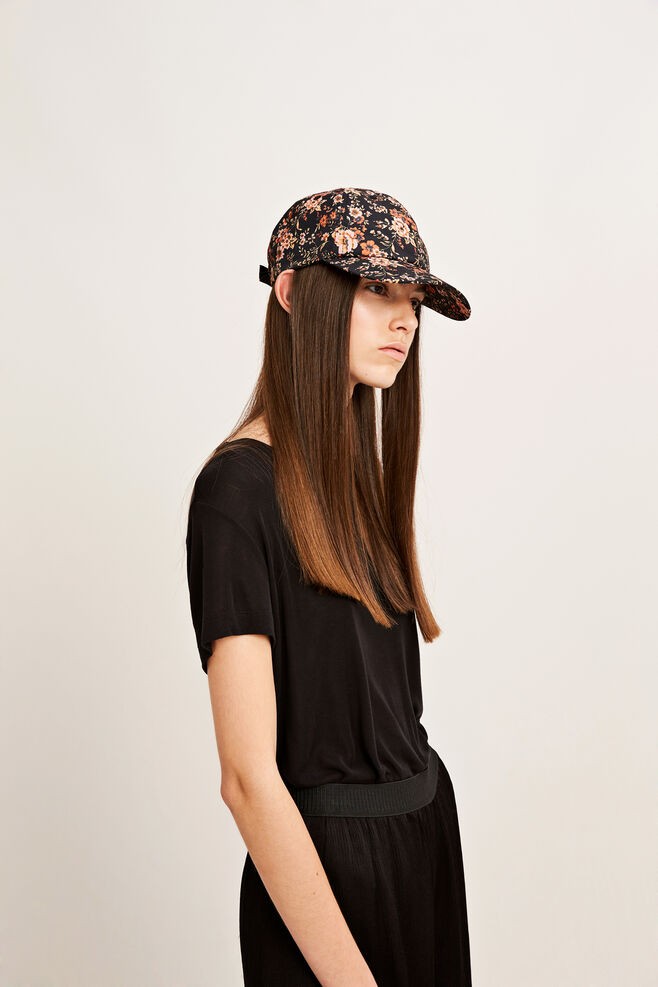 Daya cap 9725, BLACK BLOOM