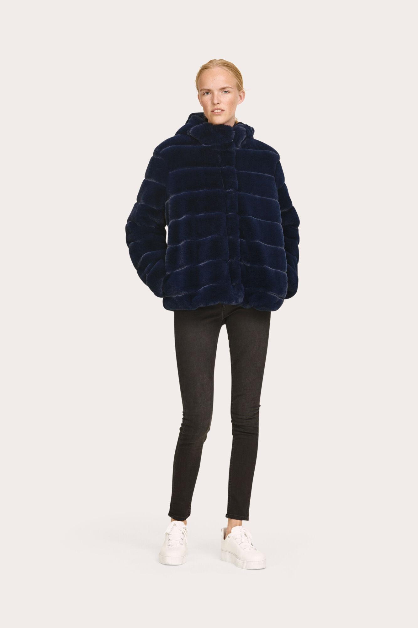 c7e8b55a Saba jacket 7309