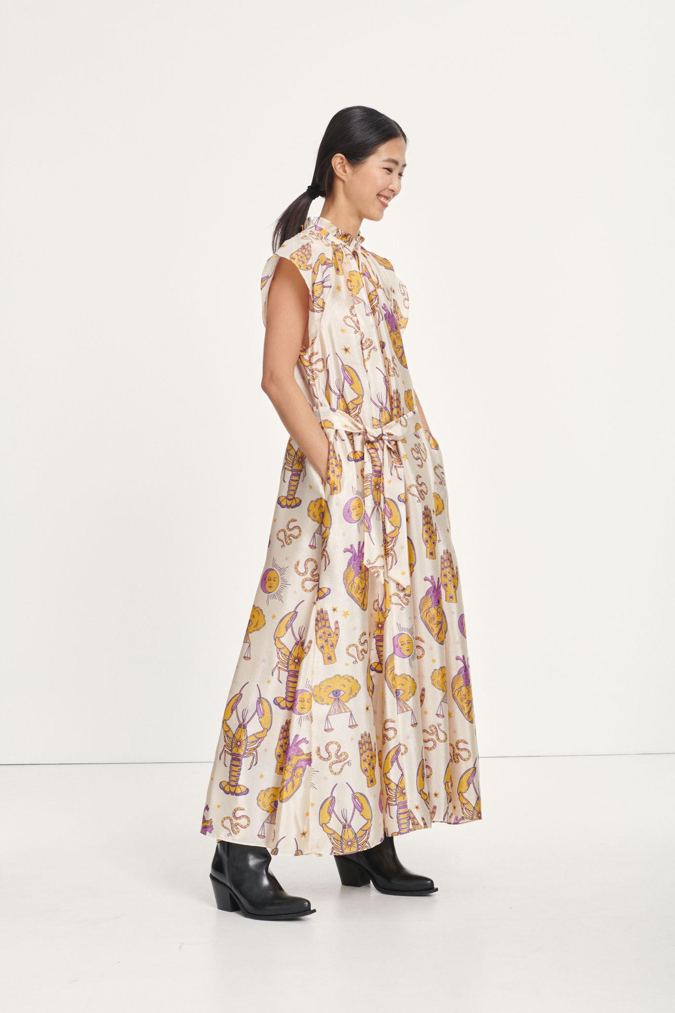 Karookh long dress aop 11244, TAROT TAPESTRY