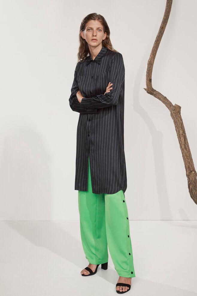 Bette shirt dress 8315, BLACK PINSTRIPE