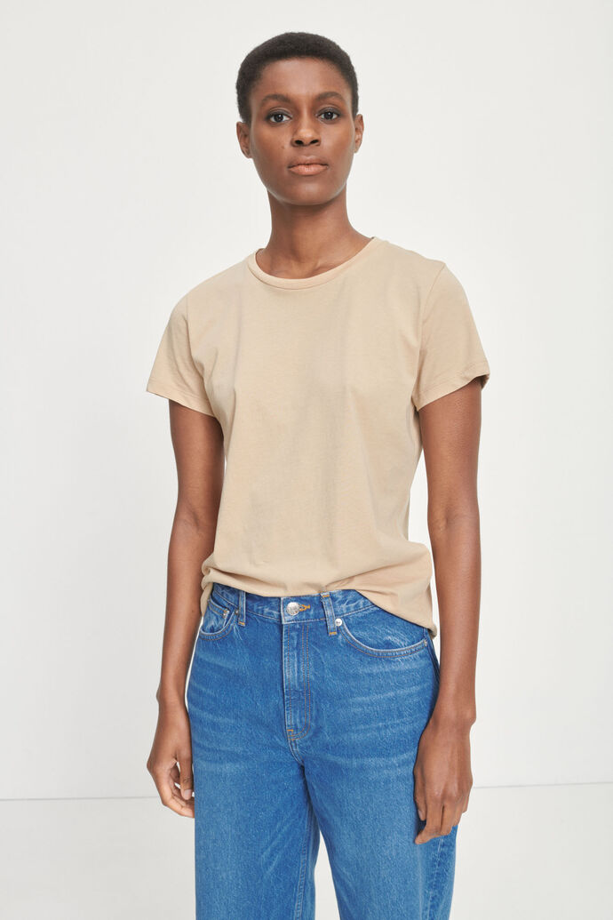 Solly tee solid 205