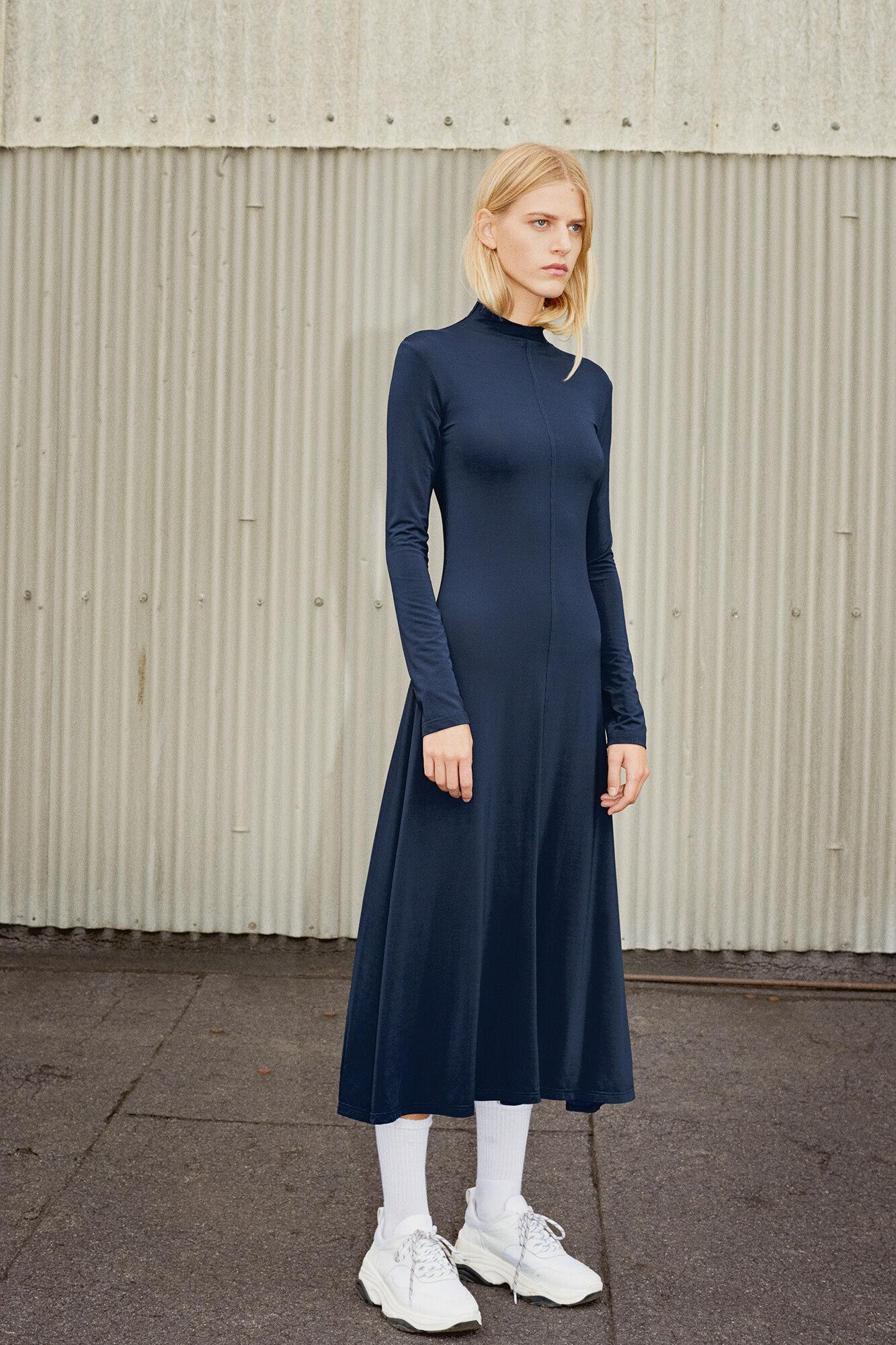 Christie dress 10743