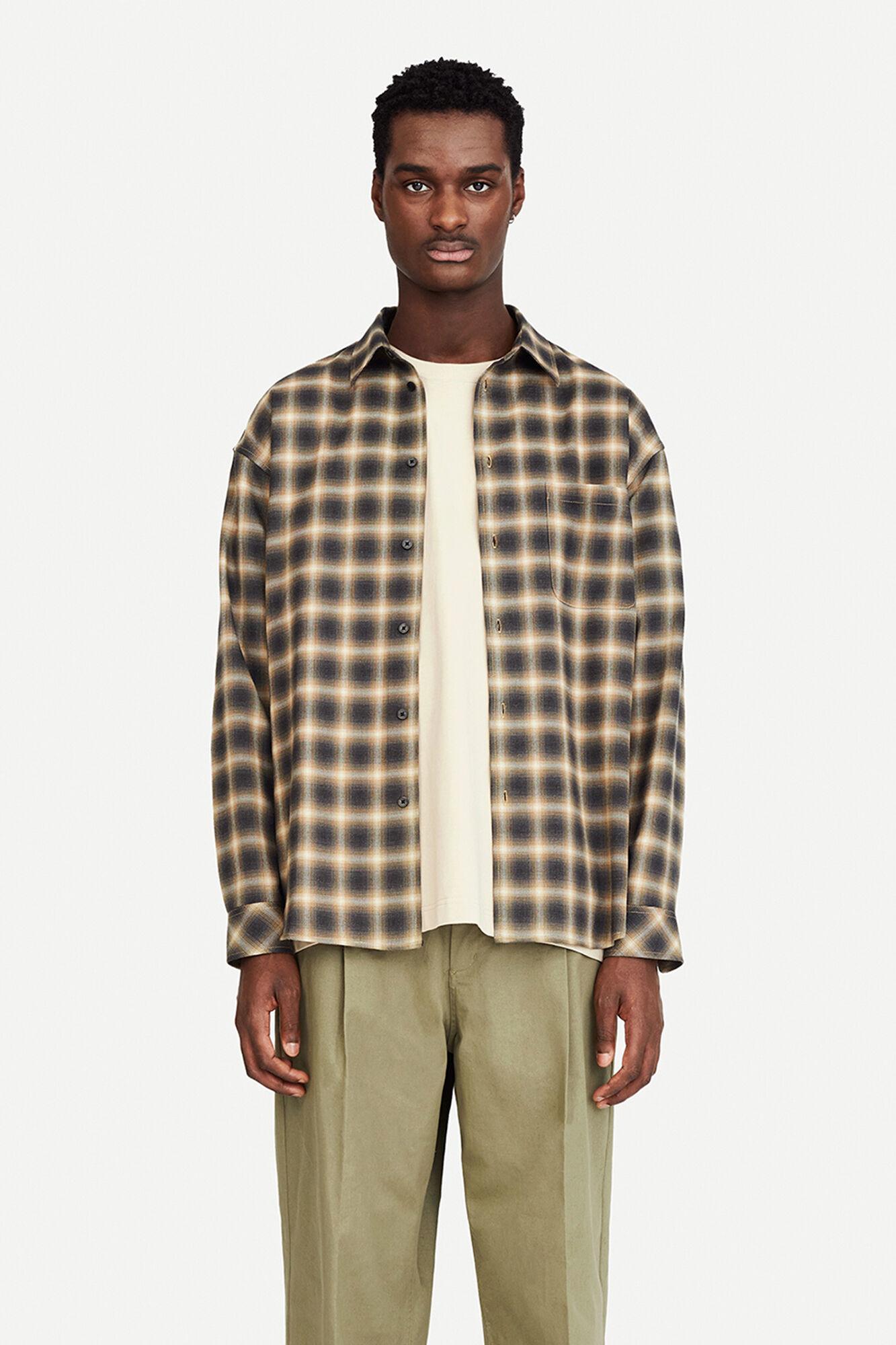 Liam NP Shirt 14086