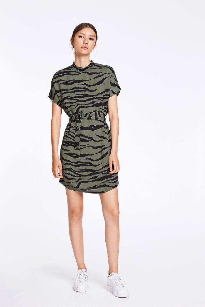Kimberly ss dress aop 6616, VERT ZEBRE