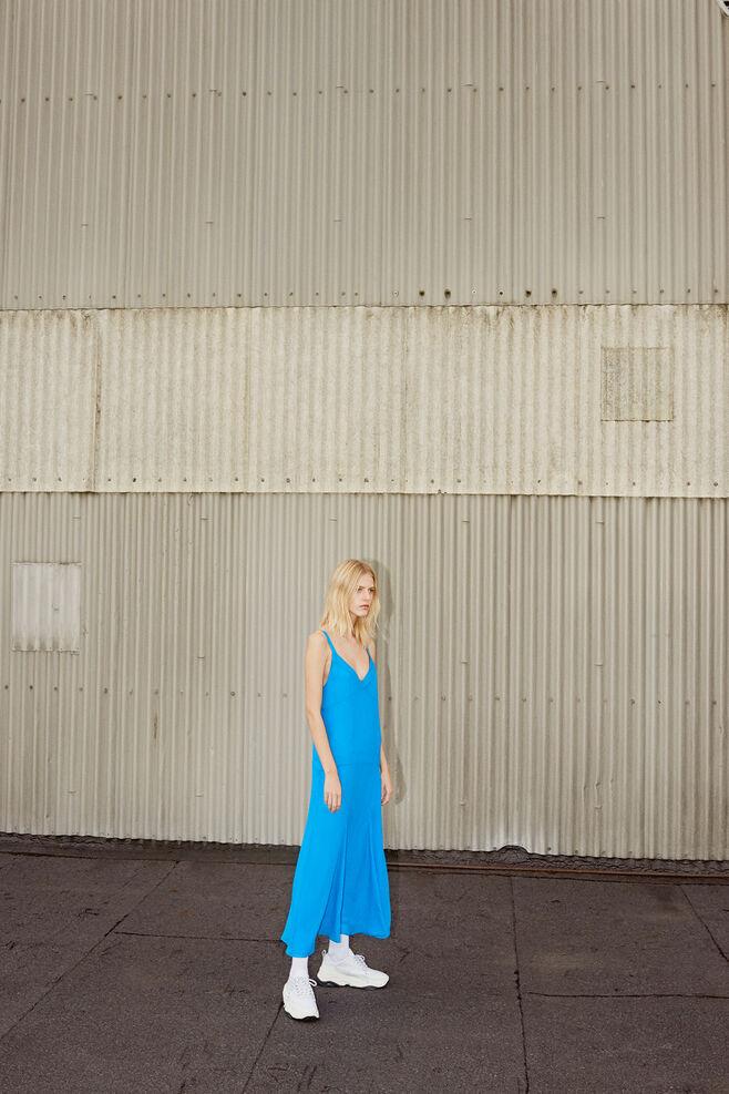 Isamu dress 10758