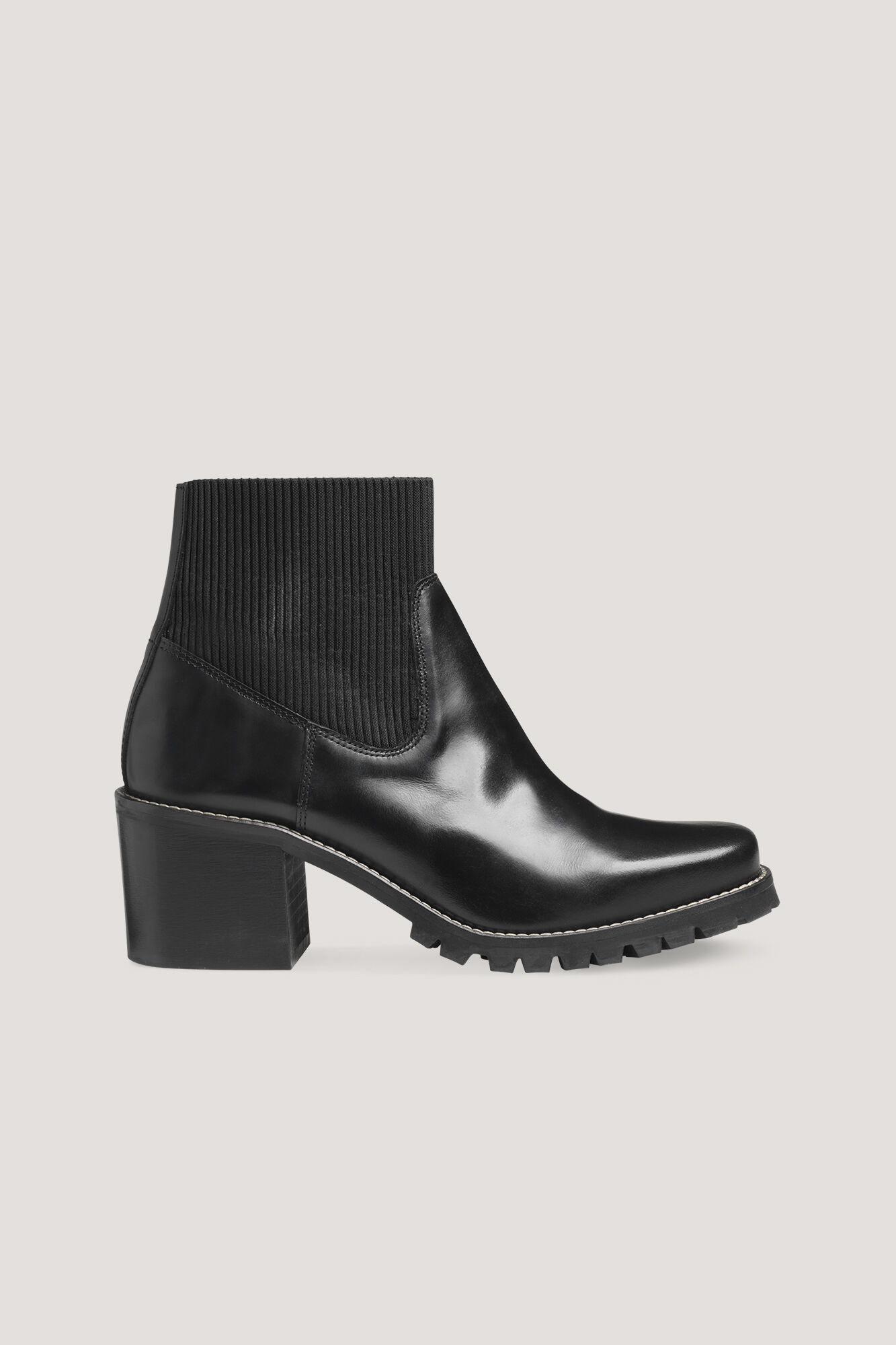 Donia boot 9648