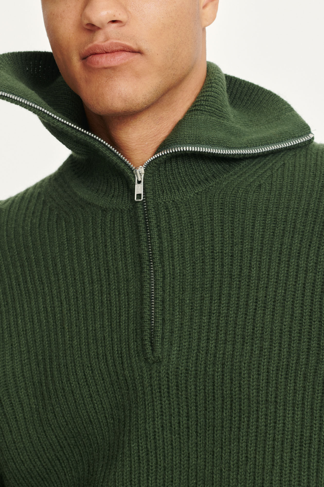 Neil turtle neck zip 11091