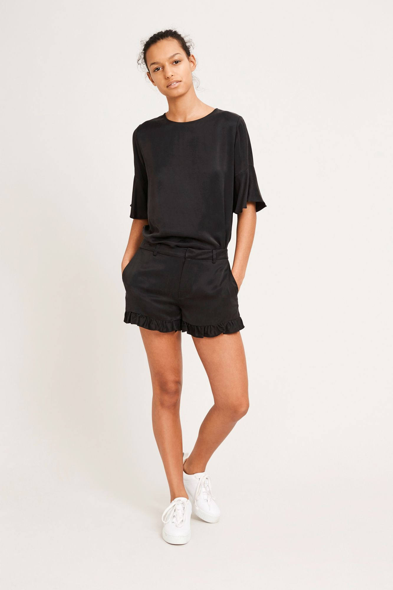 Luo shorts 9941