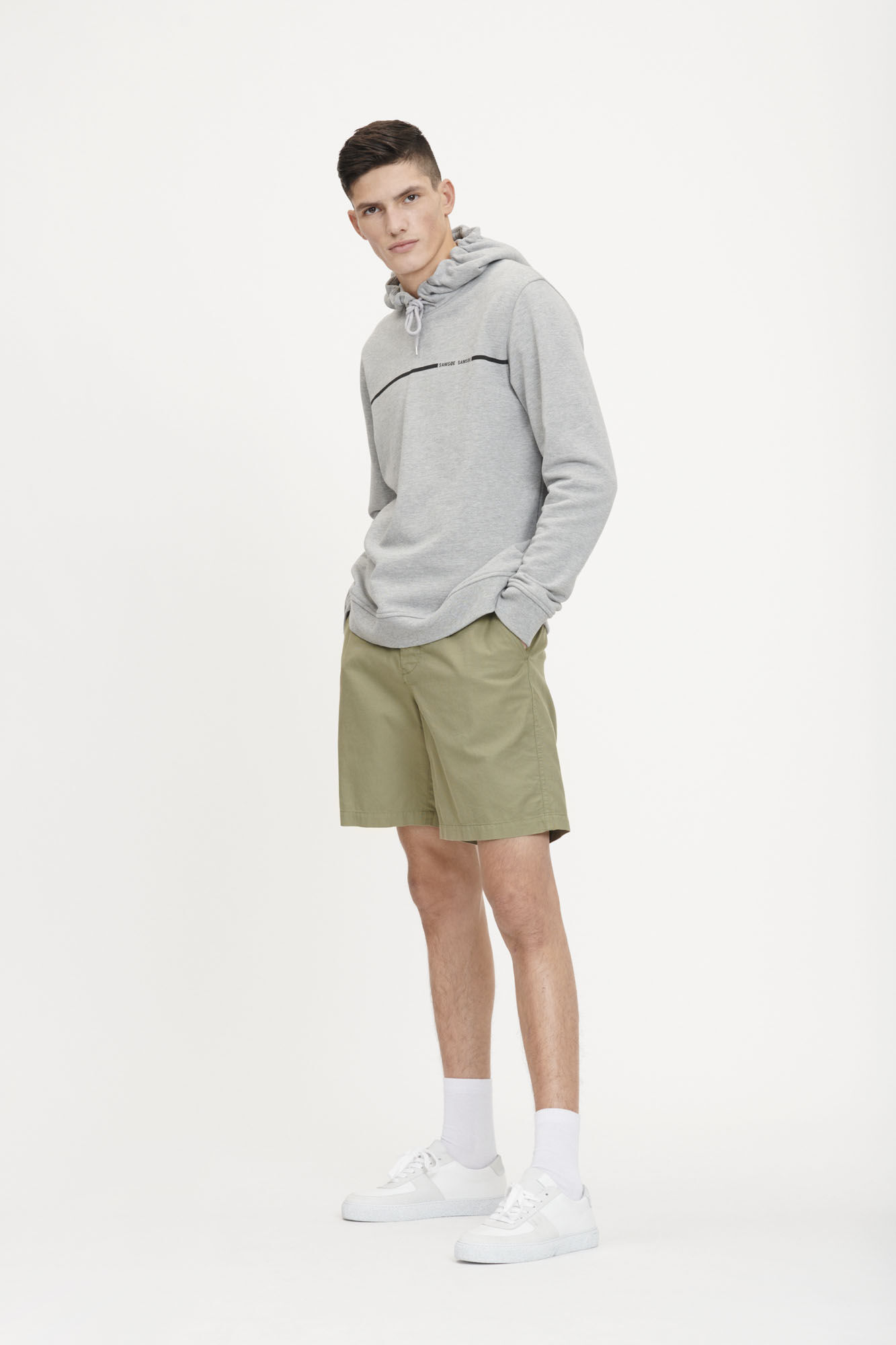 College shorts 10932