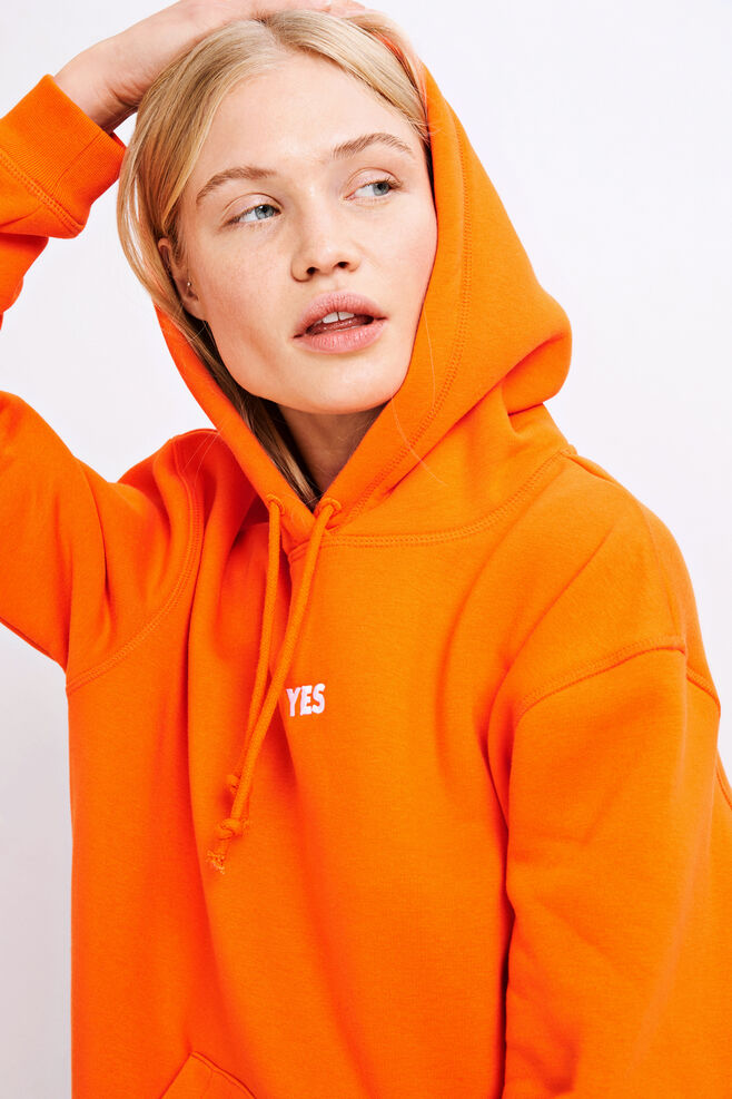 Apo hoodie p 10074, PUFFINS YES