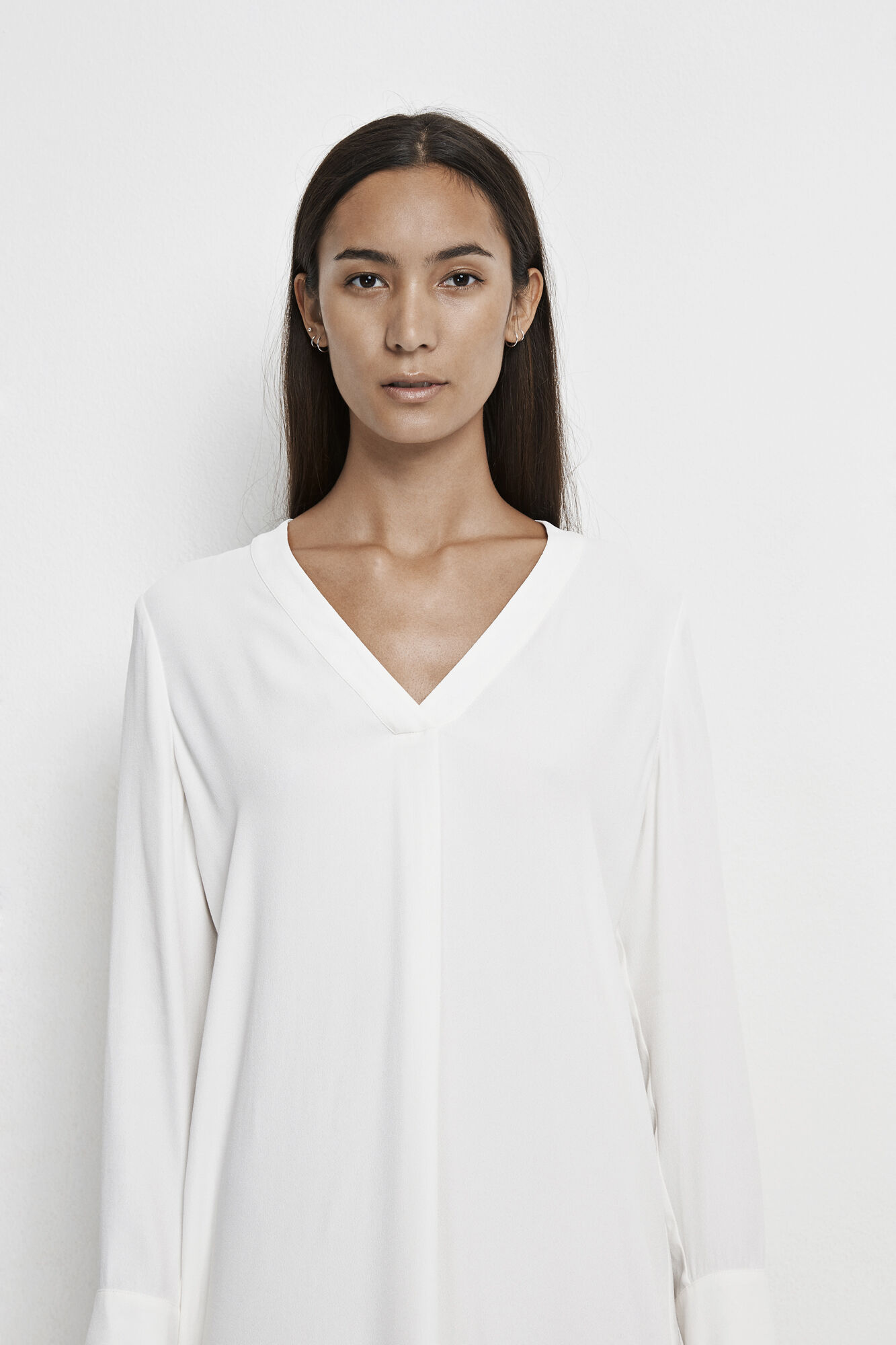 Hamill vn dress 7700, CLEAR CREAM