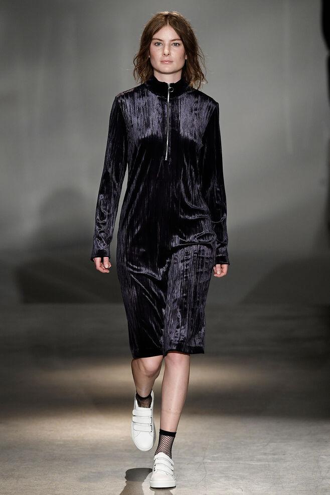 Ziva zip dress 8214, DARK SAPPHIRE