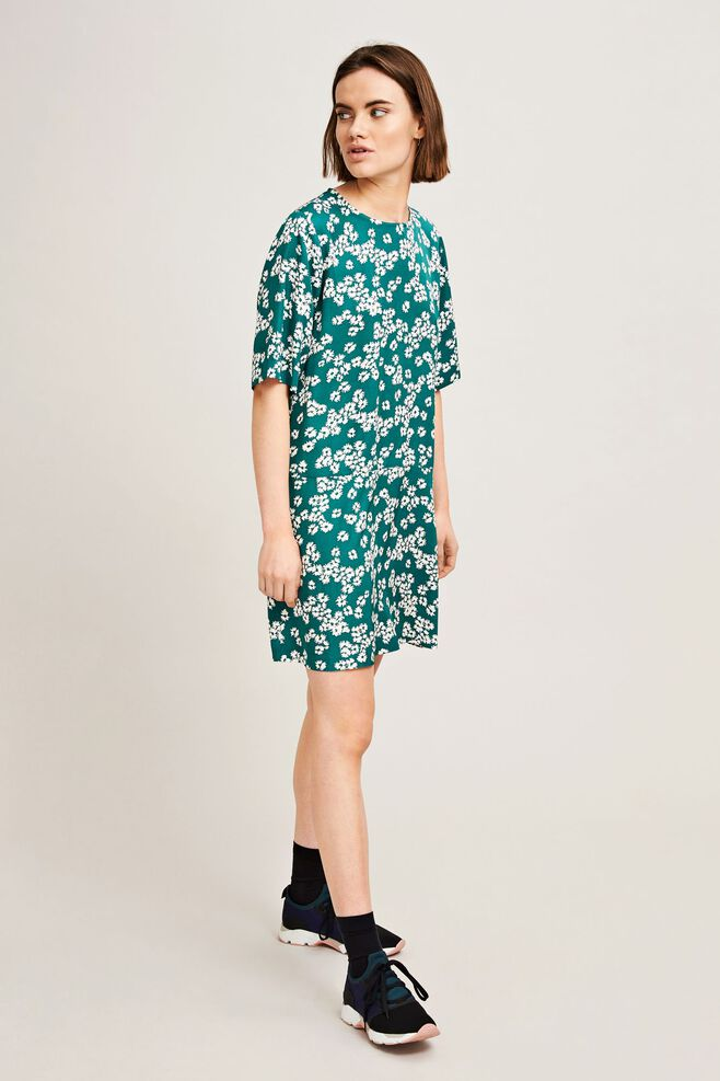Adelaide dress aop 9710