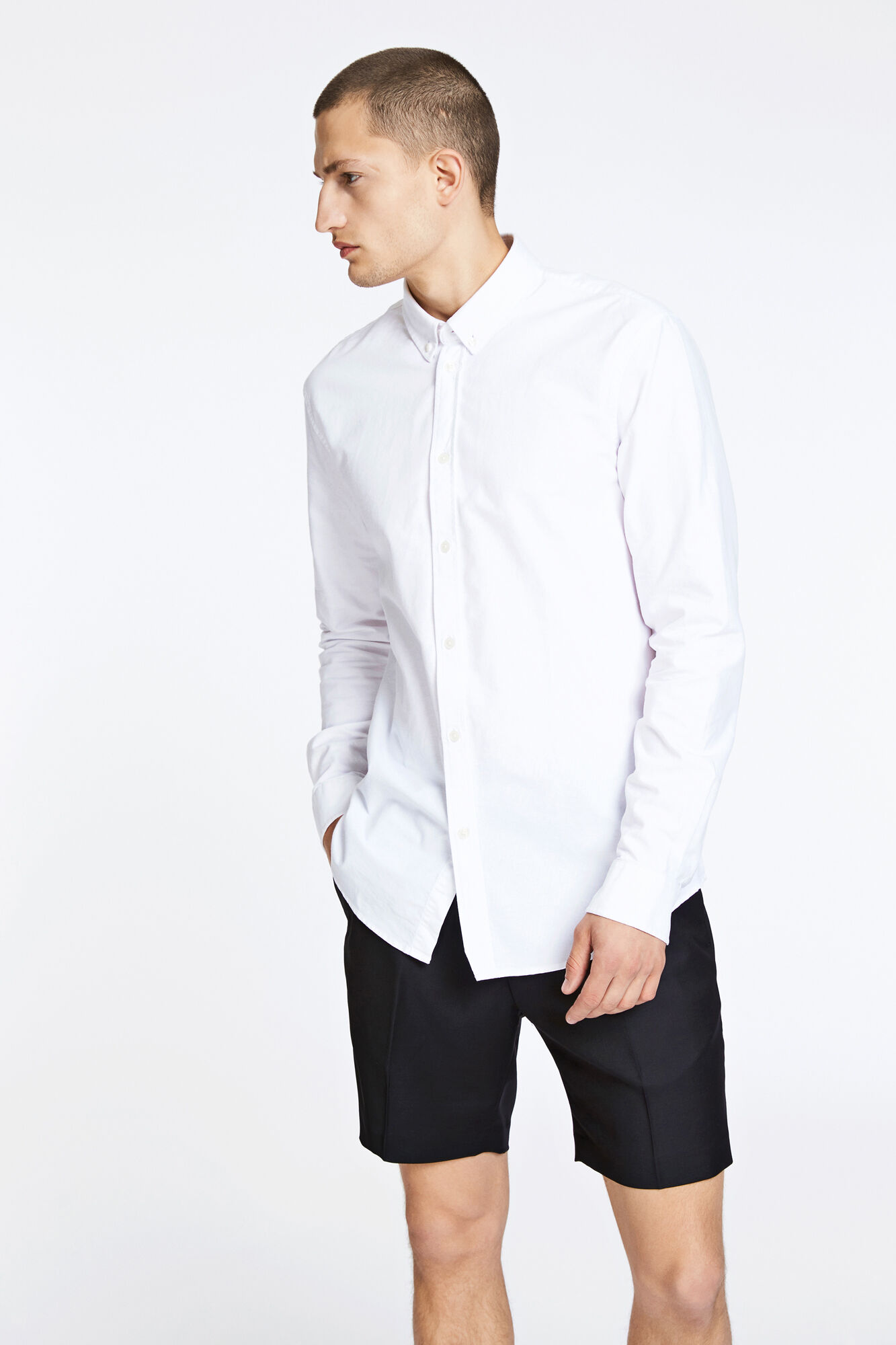 Liam BX 8111, WHITE