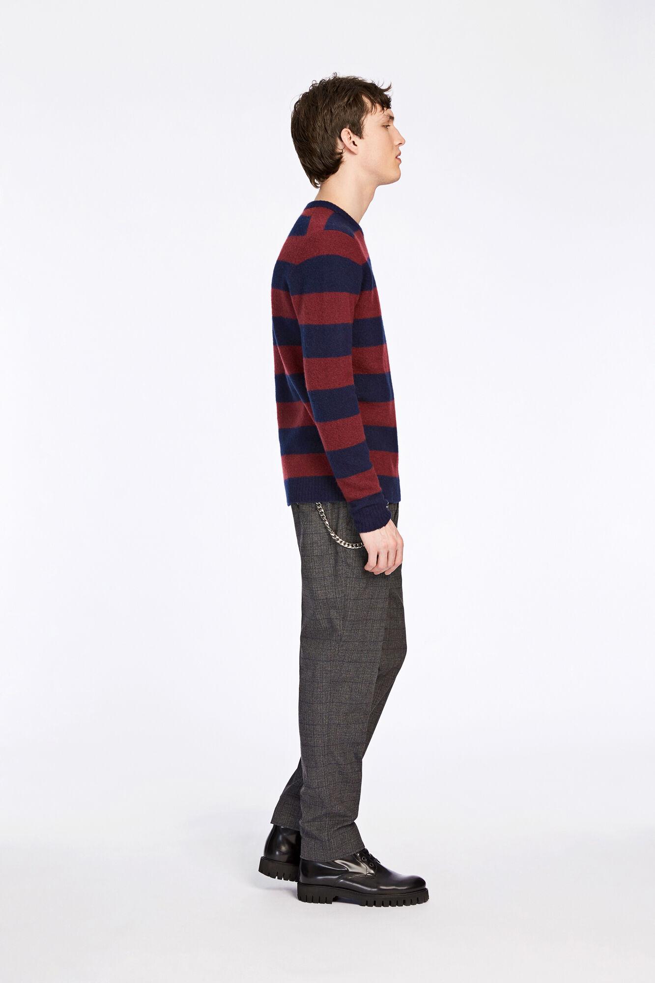 Butler stripe o-n 7115, W. WINE ST