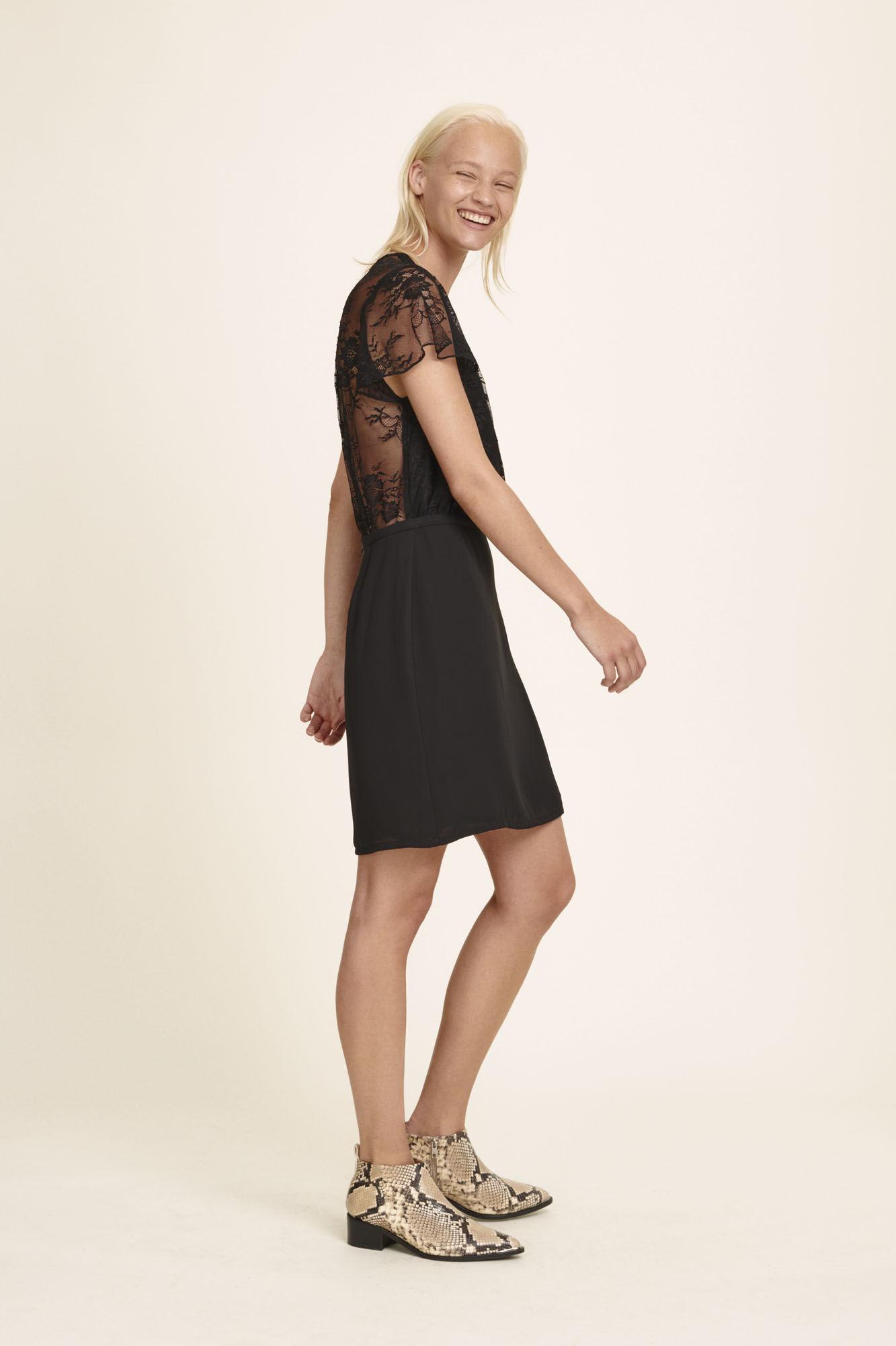 Geneva s dress 3973