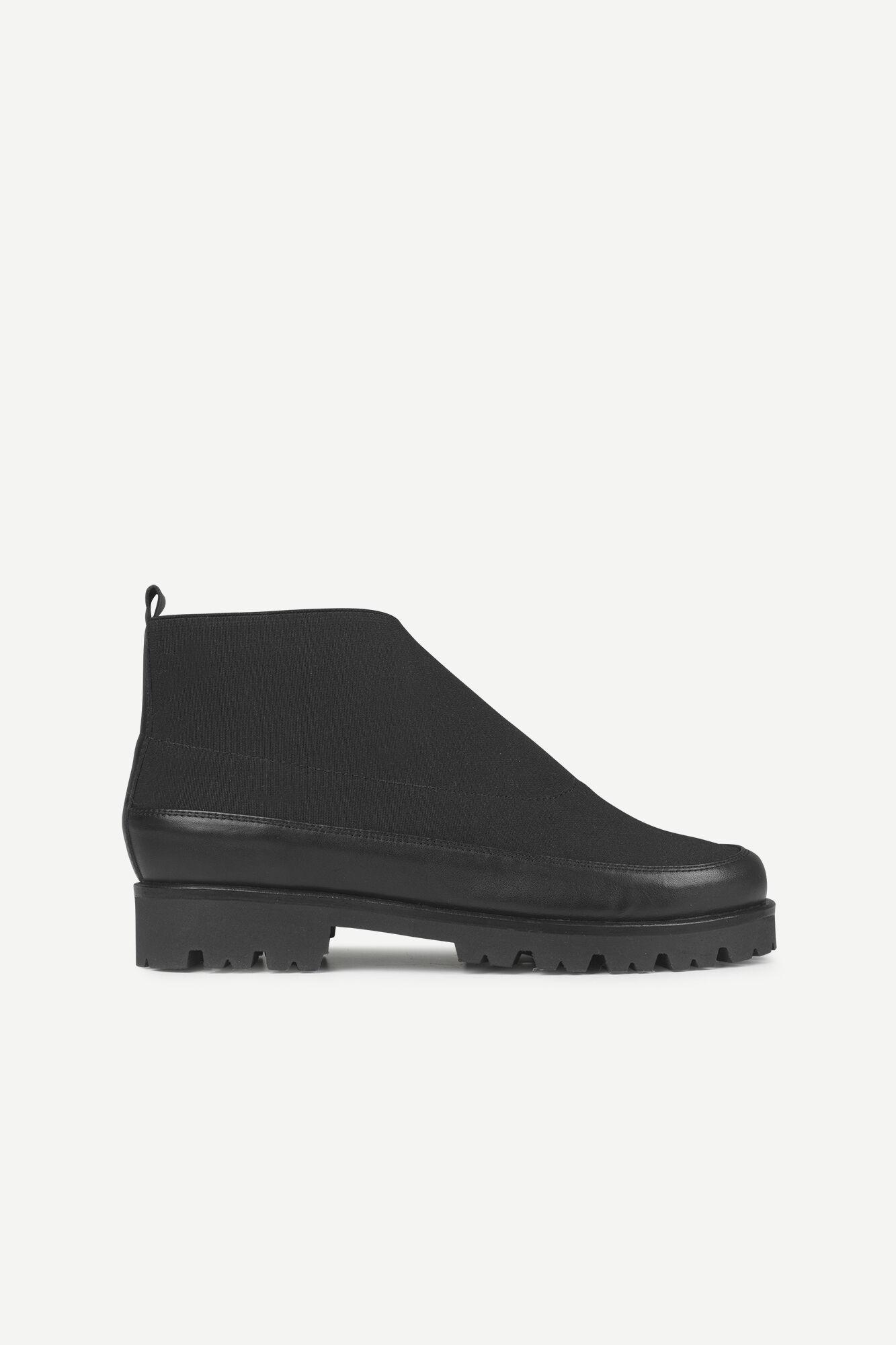Ivette boot 11165