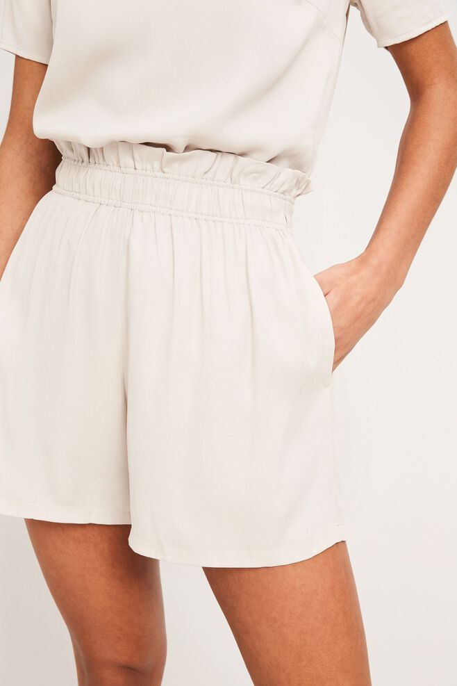 Malayo shorts 9941, SILVER CLOUD