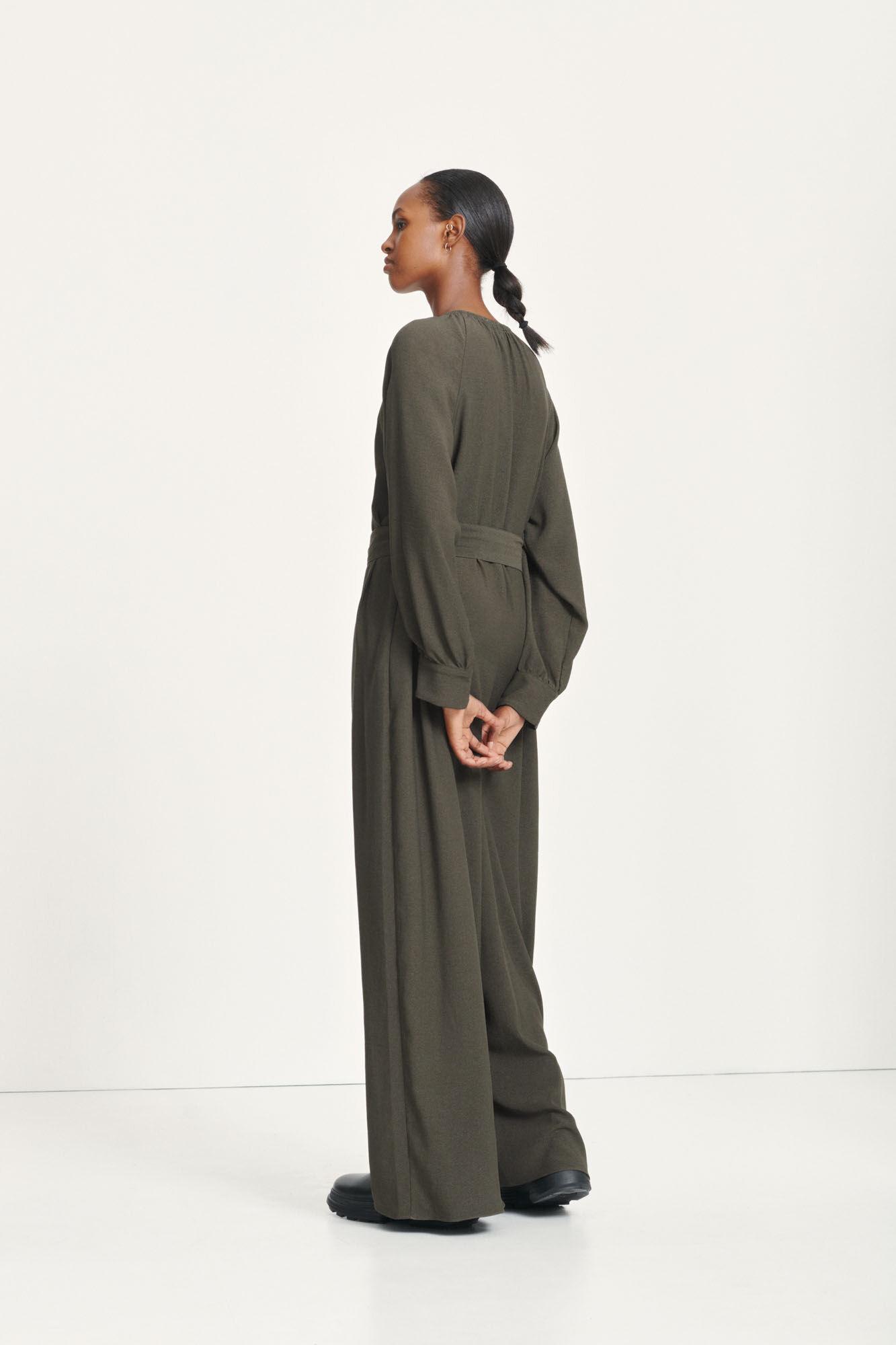 Akaia long jumpsuit 12909, BLACK OLIVE